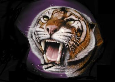 casco tigre