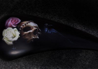 serbatoio rose teschio